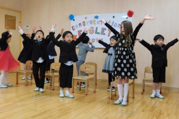 覚王山インターナショナルプリスクールの卒園式