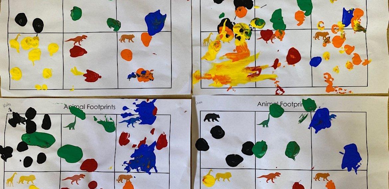 足跡アート 子供工作